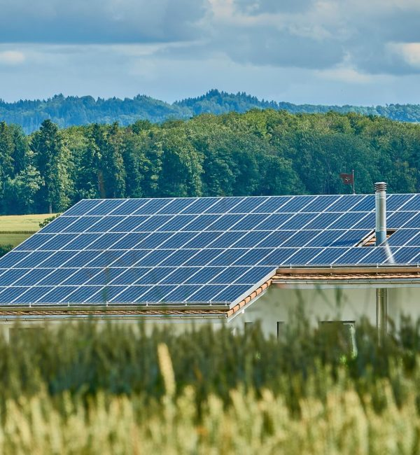 solar-panels-farm-house